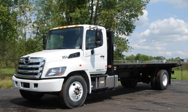 2016 Hino 238  258lp  268  338  358 Series Truck Service
