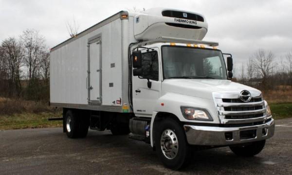 2017 Hino 238  258lp  268  338  358 Series Truck Service